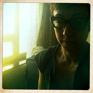 Jessica_blogging_glasses